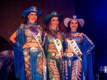 Baile Rainha FAX -  Desfile