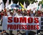 A greve dos professores continua.
